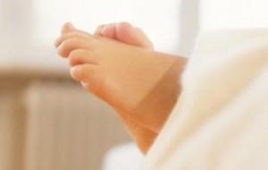 Що робити, коли потніють ноги